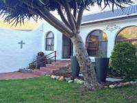 3 Bedroom 2 Bathroom House for Sale for sale in Hout Bay