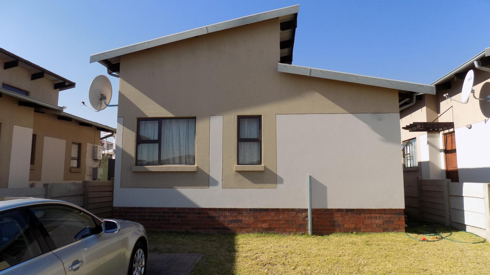 3 bedroom sectional title for sale for sale in sagewood for Sage wood