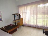 Bed Room 2 - 14 square meters of property in Vanderbijlpark