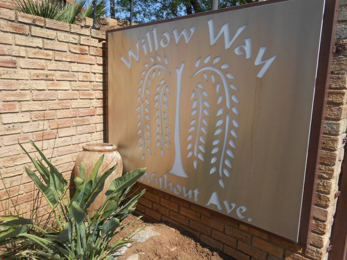 3 Bedroom Sectional Title for Sale For Sale in Weltevreden Park - Private Sale - MR146211