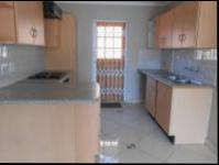 Kitchen - 10 square meters of property in Weltevreden Park