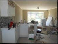 Kitchen - 10 square meters of property in Krugersdorp