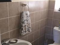 Guest Toilet - 3 square meters of property in Somerset West