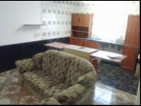 Lounges - 24 square meters of property in Garsfontein