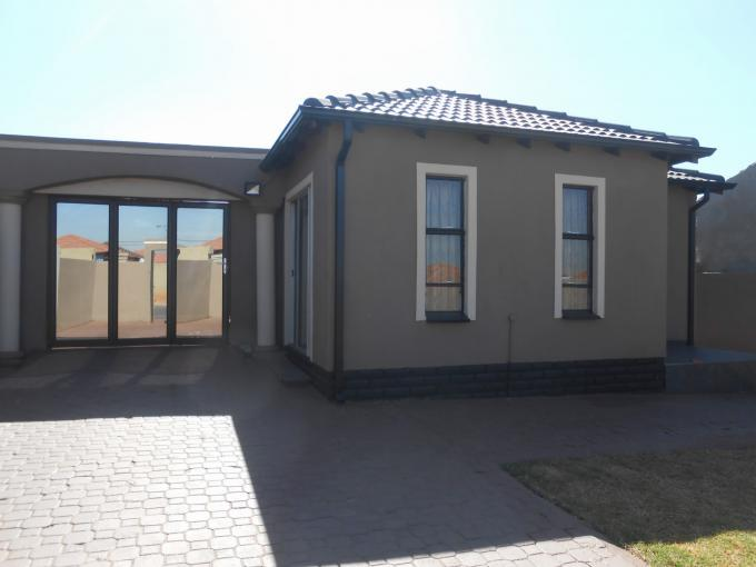 3 Bedroom House for Sale For Sale in Riverlea - JHB - Home Sell - MR146498