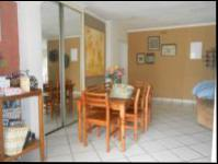 Dining Room - 15 square meters of property in Randburg