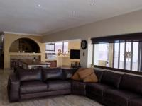 Lounges - 61 square meters of property in Rietvlei Heights Country Estate