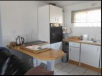 Kitchen - 12 square meters of property in Ormonde