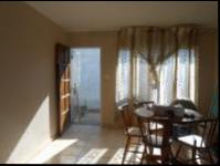 Lounges - 14 square meters of property in Ennerdale