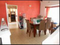 Dining Room - 37 square meters of property in Mountain Ridge