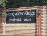 3 Bedroom 2 Bathroom Duplex for Sale for sale in Honeydew Ridge