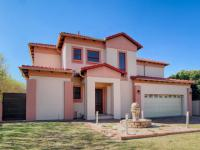 3 Bedroom 2 Bathroom Duet for Sale for sale in Silver Lakes Golf Estate