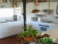 Kitchen - 35 square meters of property in Knysna