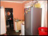 Kitchen - 109 square meters of property in Grove End