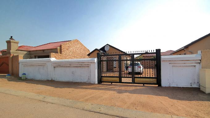 Standard Bank EasySell House for Sale For Sale in Mabopane - MR147144