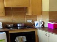 Kitchen of property in Annlin West