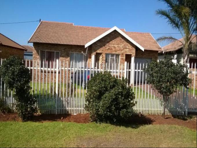 Standard Bank EasySell House for Sale For Sale in Middelburg - MP - MR147295