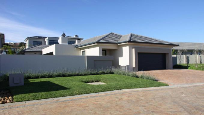 3 Bedroom House for Sale For Sale in Strand - Private Sale - MR147373