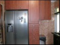 Kitchen - 10 square meters of property in Roodekop