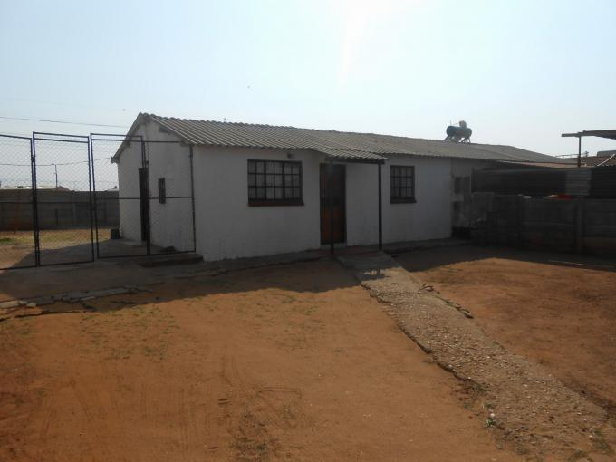 2 Bedroom House for Sale For Sale in Lenasia - Private Sale - MR147413