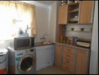 Kitchen - 9 square meters of property in Lenasia