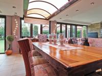 Dining Room - 13 square meters of property in The Wilds Estate
