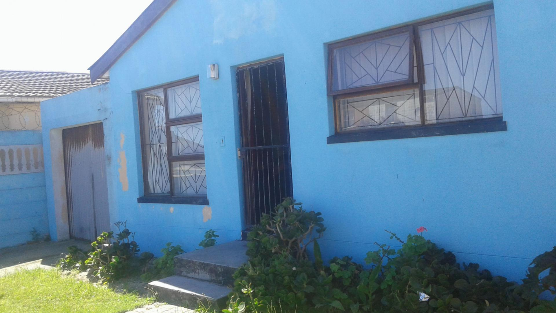 property for sale in strandfontein - myroof.co.za