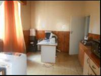 Dining Room - 13 square meters of property in Malvern - JHB