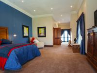 Main Bedroom - 37 square meters of property in The Wilds Estate