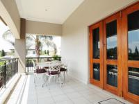 Balcony - 46 square meters of property in The Wilds Estate