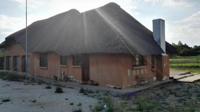Smallholding for Sale For Sale in Mnandi AH - Private Sale - MR147891