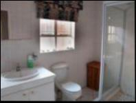 Main Bathroom of property in Pierre van Ryneveld