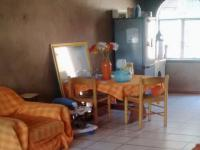Lounges - 23 square meters of property in Rietfontein