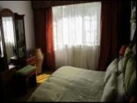 Bed Room 1 - 11 square meters of property in Kensington B - JHB