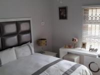Bed Room 1 - 12 square meters of property in Fochville