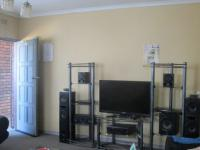 Lounges - 24 square meters of property in Turffontein