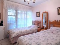 Bed Room 1 - 17 square meters of property in Faerie Glen