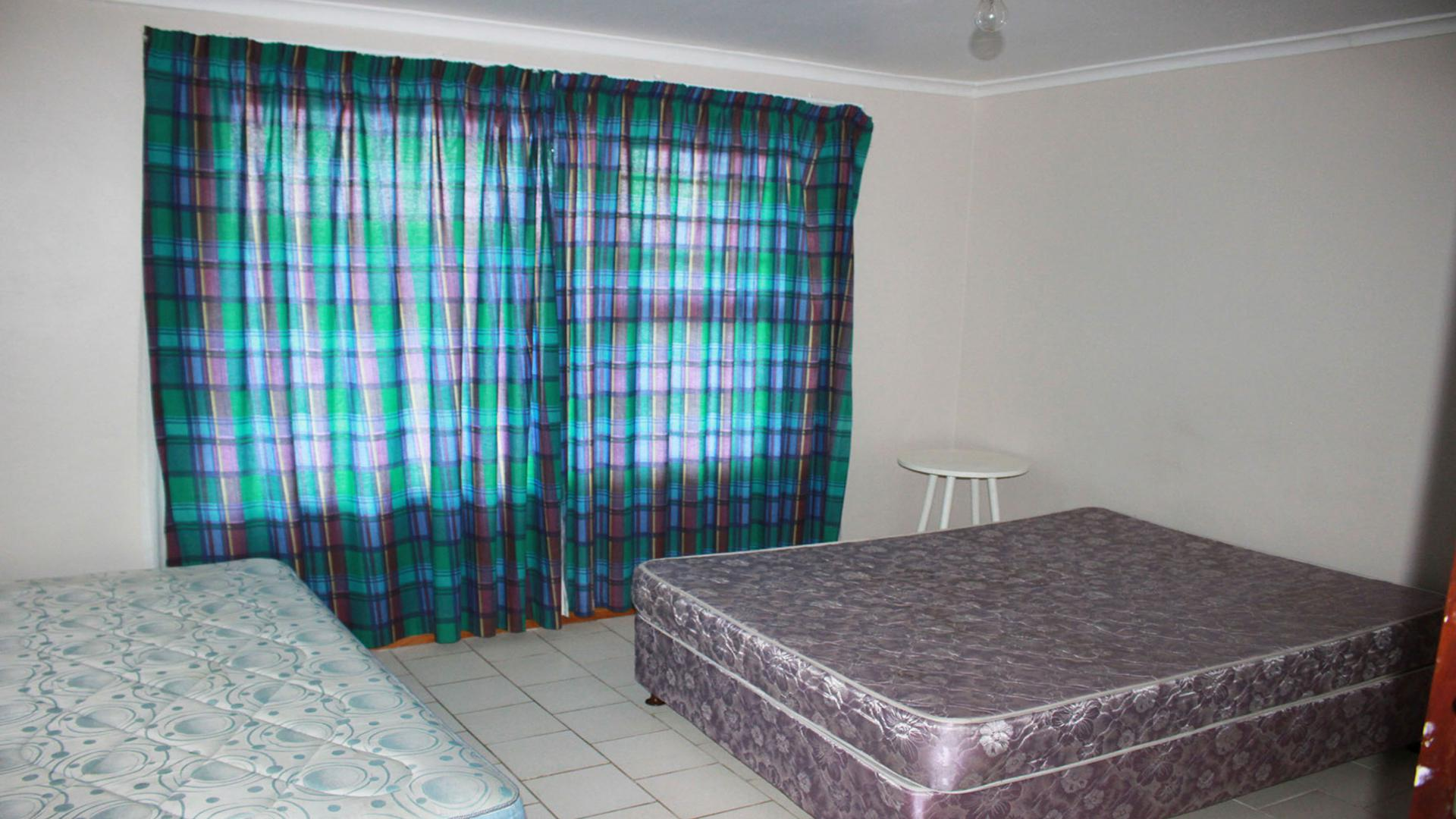 5 Bedroom House for Sale For Sale in Bettys Bay - Home Sell ...