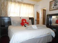 Bed Room 1 - 13 square meters of property in Haddon