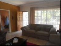 Lounges - 36 square meters of property in Krugersdorp