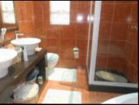 Main Bathroom - 11 square meters of property in Krugersdorp