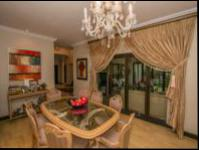 Dining Room of property in Fourways