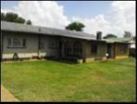 3 Bedroom 2 Bathroom House for Sale for sale in Carletonville