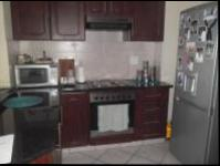 Kitchen of property in Amanzimtoti