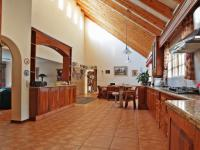 Kitchen - 29 square meters of property in Woodhill Golf Estate