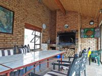 Patio - 24 square meters of property in Woodhill Golf Estate