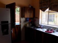 Kitchen - 16 square meters of property in Akasia