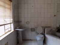 Bathroom 2 - 11 square meters of property in Akasia