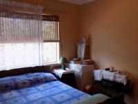 Bed Room 1 - 11 square meters of property in Dorandia