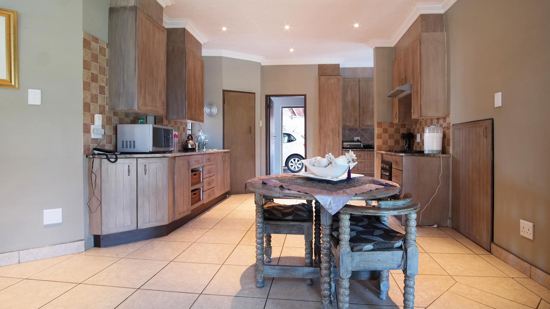 Kitchen of property in Cormallen Hill Estate